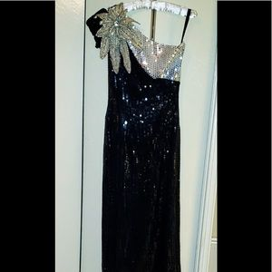 Dresses & Skirts - Black and White sequin evening gown